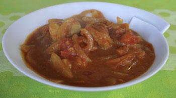 トマトとチキンの簡単カレー